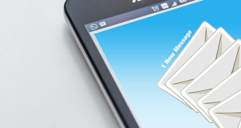 E-mailowa etykieta – jak poprawnie napisać oficjalną wiadomość?
